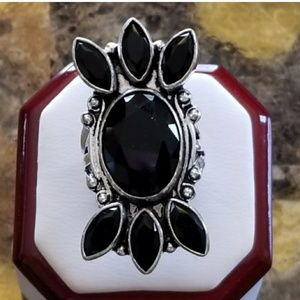 Intricate Onyx Ring Size 8.15
